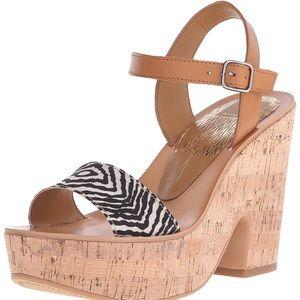 Dolce vita Women's Randi Wedge Sandals